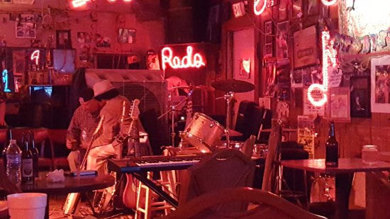 Red's Lounge: Red's Blues Lounge.. A MUST see for real roots Delta Blues