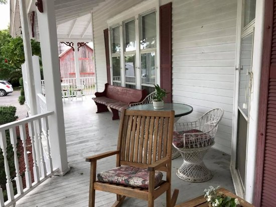 Blooming Grove, NY: Wraparound porch