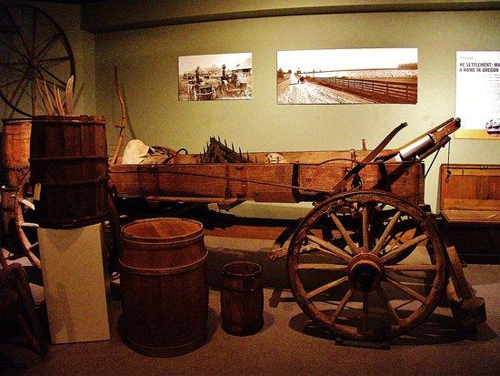 Όρεγκον Σίτι, Όρεγκον: pioneer items