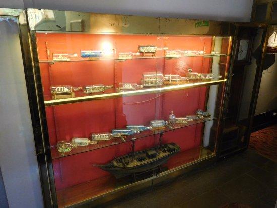 Victory Hotel: Maritime memorabilia