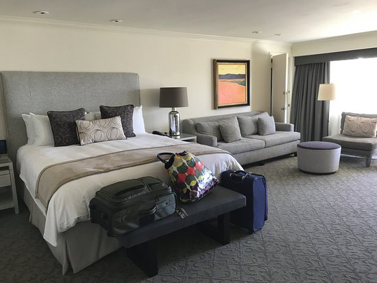Ojai, CA: King bedroom.