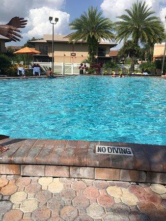 Liki Tiki Village: Family pool