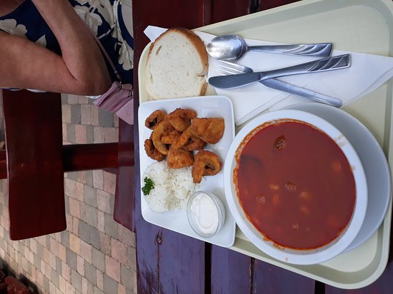 Kobufe: Beef soup & breaded mushrooms with rice