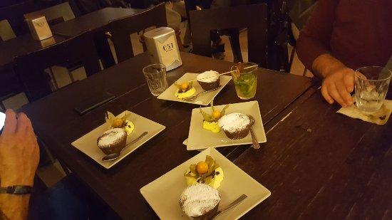 ristorante 051 zerocinquantuno bologna performing - photo#36