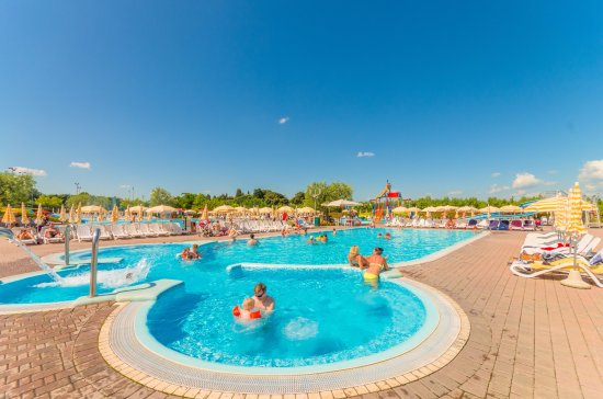 Spiaggia d 39 oro camping village bewertungen fotos - Piscina g conti verona ...