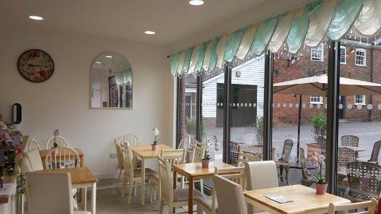 Liana's Tea Shop: Looking for a buffet??