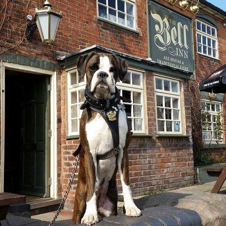 Whittington, UK: The Bell Inn