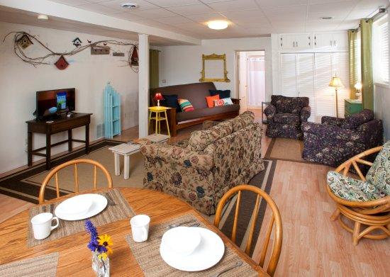 Baileys Harbor, Wisconsin: Sunnyside Suite