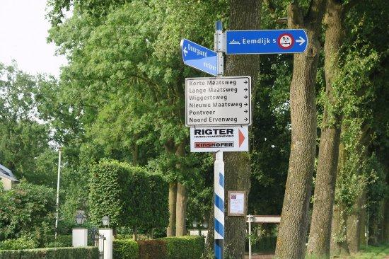 Eemnes, เนเธอร์แลนด์: Perfectly flat countryside, ideal for biking