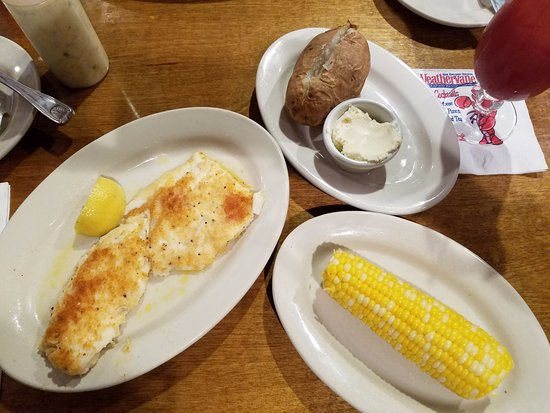 Kittery, ME: Broiled haddock with corn and baked potato. Very good!