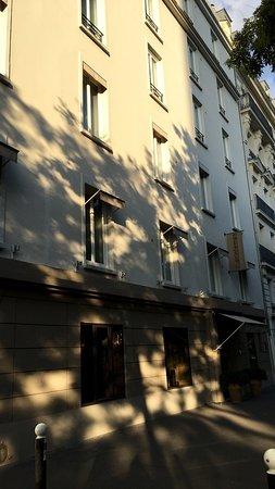 Hotel du Printemps : Front