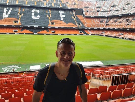 Mestalla Forever Tour: tribuna e distinti ultras Valencia