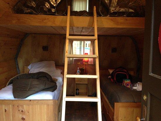 North River Kayak : cabin