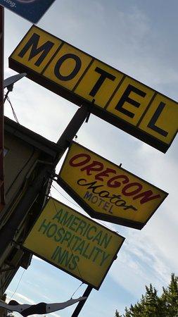 oregon motor motel prices hotel reviews the dalles. Black Bedroom Furniture Sets. Home Design Ideas