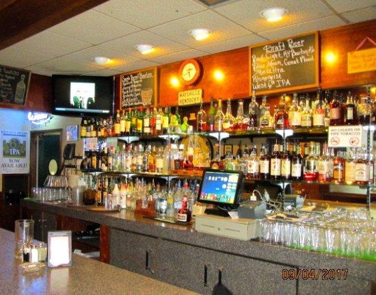 Desha's Restaurant and Bar: B