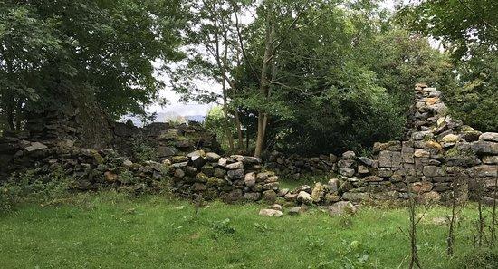กอง, ไอร์แลนด์: White O'Morn cottage