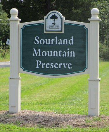 Hillsborough, NJ: Sourland Mountain Preserve