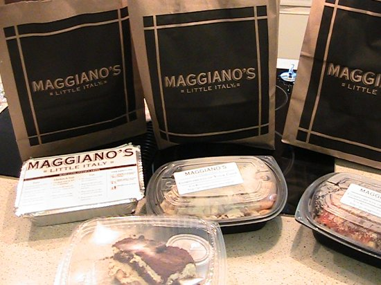 Maggiano's Little Italy: Carry home luggage.