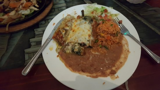 Rockaway, NJ: Chiles Relenos