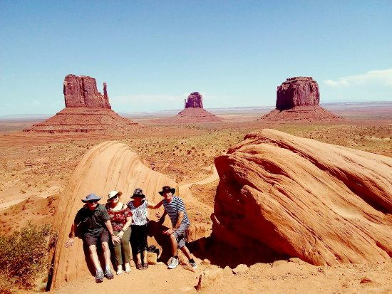 Silver Spur Tours - Day Tours: MONUMENT VALLEY