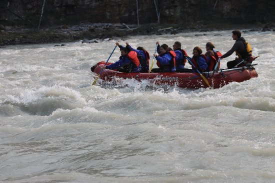 white water rafting with Maligne Adventures in Jasper, Alberta, Canada