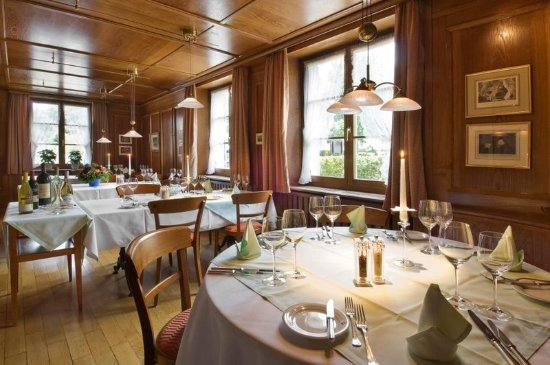 Arlesheim, Switzerland: Restaurant Ermitagestube