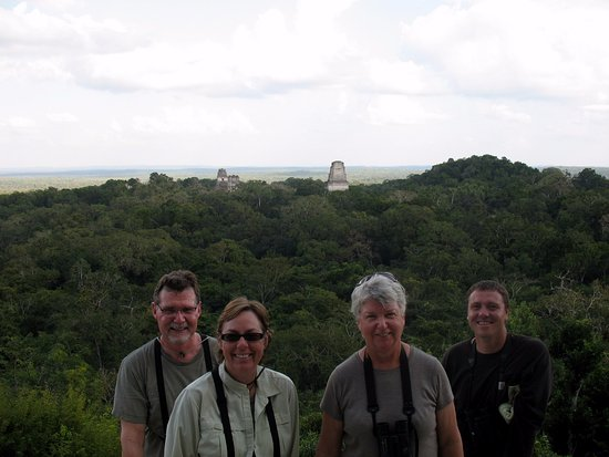Rio Rico, AZ: Richard Fray leading a birding tour at Tikal, Guetemala