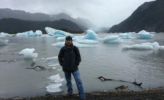 True North Kayak Adventures: Grewingk Glacier Lake