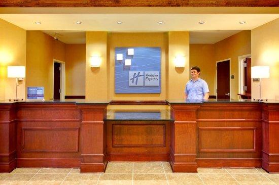 Millington, TN: Hotel Lobby