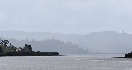 Horeke, Nueva Zelanda: Mission Church across the bay