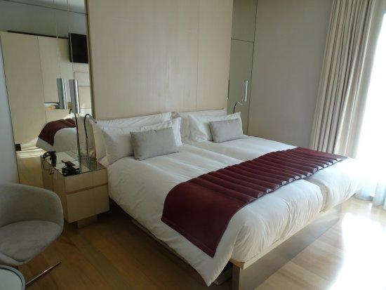 Hotel Cram Photo
