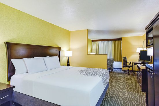 inn ut number utah review comforter city suites phone comfort of another nice logan cedar hotel