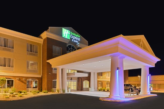 Holiday Inn Express Suites Ironton