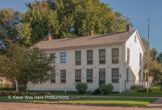 Pella, IA: Wyatt Earp boyhood home