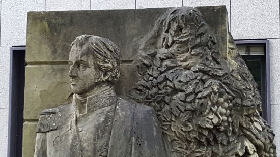Denkmal Friedrich Reichsgraf Solms-Laubach
