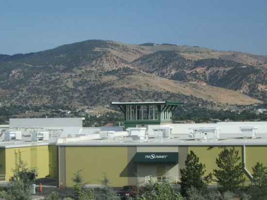 The Summit Reno >> The Summit Shopping Center Reno Nevada Picture Of The