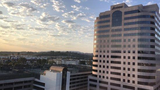 Hilton Woodland Hills/Los Angeles: photo2.jpg