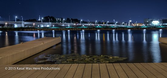 Fond du Lac, WI: Nighttime