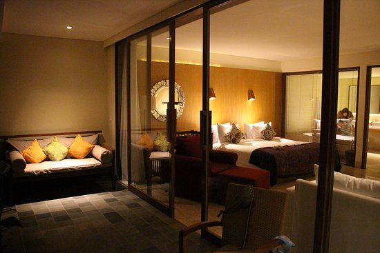 Komaneka at Rasa Sayang: Chambre depuis la terrasse privée tout confort
