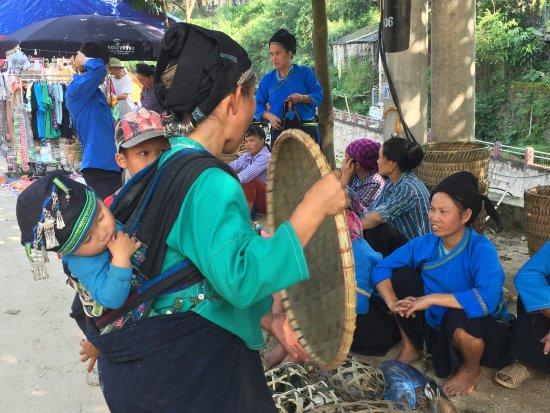 Compagnon Voyage: marché ethnique