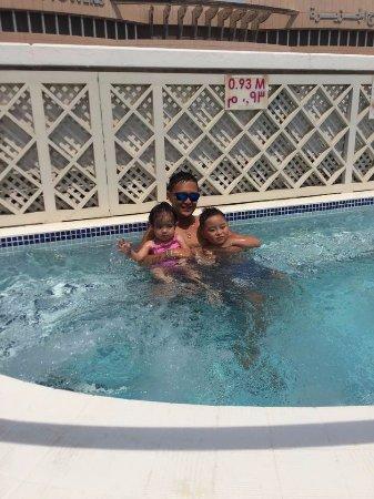 Crowne Plaza Abu Dhabi: Hubby with Kids