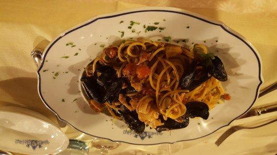 Piozzano, Italy: 20170831_205133_001_large.jpg