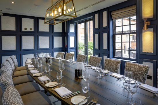 Meriden, UK: Private Dining for up to 14 people available in our fabulous new Marco Pierre White Steakhouse