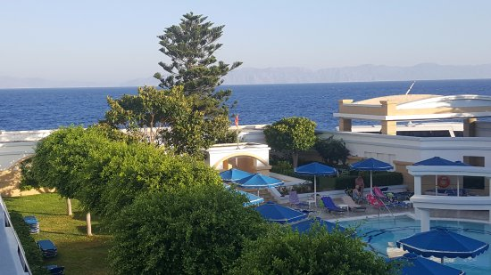 Mitsis Grand Hotel Beach Hotel: View from Room 265