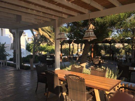 Santa Maria Village: Dehor per la colazione
