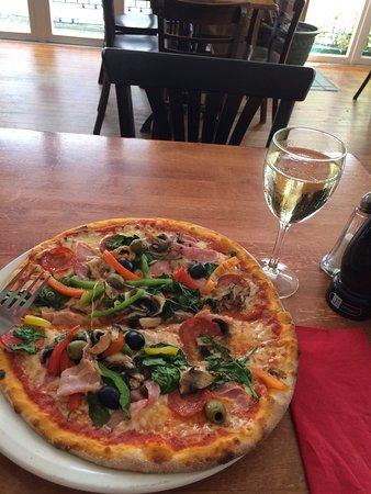 Piero's Ristorante and Pizzeria: photo0.jpg