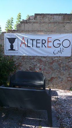 ALTEREGO CAFE': Bar, tavola calda