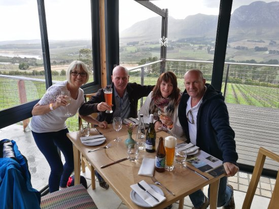 Херманус, Южная Африка: Stunning views in the Hermanus Hemel En Aarde wine Valley