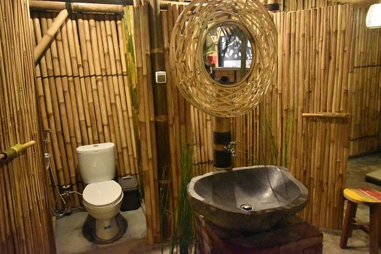 Salty shakas bamboo stay canggu bewertungen fotos for Designhotel definition