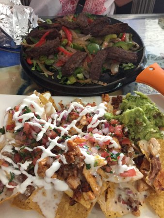 Plano, IL: Steak Fajitas and  Chicken Nacho dinner. Both delicious!